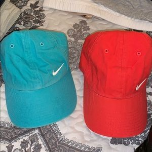 Nike Women's Heritage Bundle of Hats (2)
